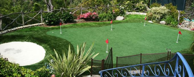 15mm Artificial Green Golf Synthetic Turf Durable Outdoor / Indoor Use Natural